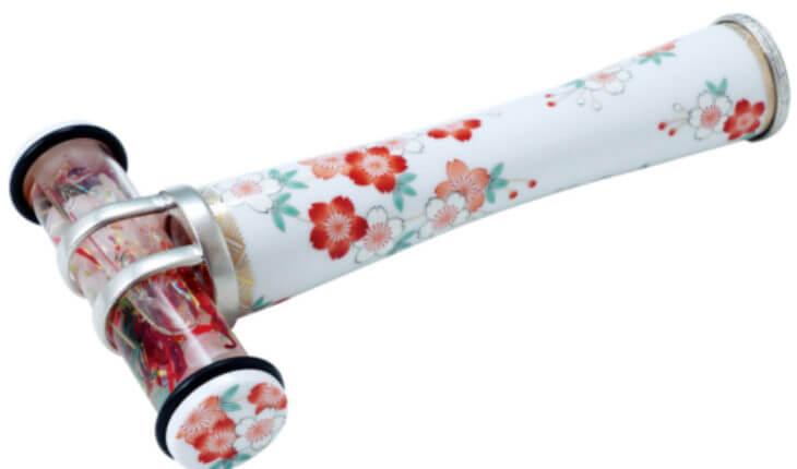 桜が描かれた有田焼万華鏡の画像