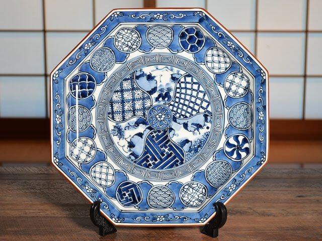 有田焼大皿の写真