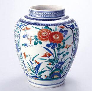 柿右衛門窯の花瓶