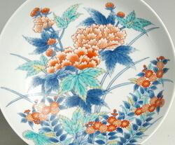 色鍋島様式の皿