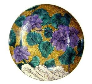 九谷焼の絵皿の画像
