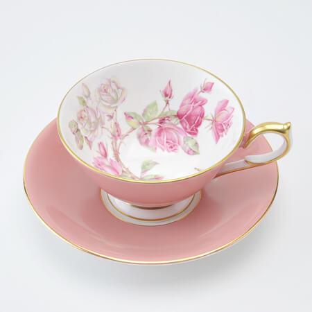 エインズレイの薔薇のティーカップ